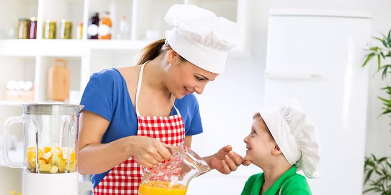 Mamma oggi cucino io cucinare con i bambini pronti da imparare - Cucinare coi bambini ...
